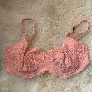 BRAND NEW Underwear Victoria's Secret never worn !